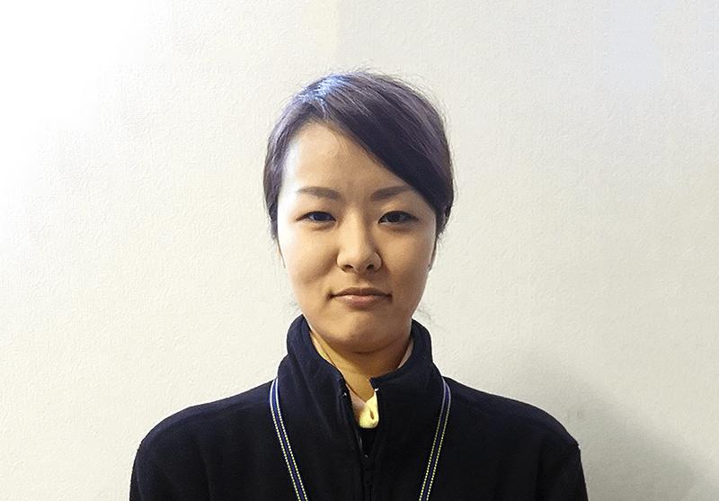 セールスアシスタント・セールスサポート 3年目 嘉瀬 直美